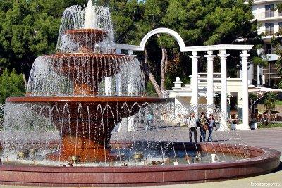 Танцующий фонтан в Геленджике перепрограммируют после итальянцев