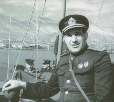 Памяти Георгия Холостякова
