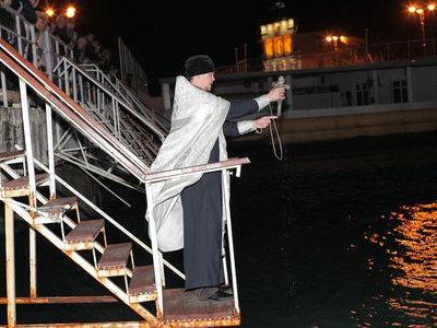Расписание богослужений на Крещение 18-19 января